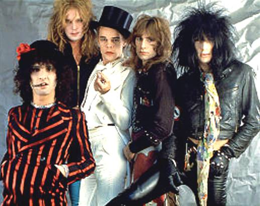 original New York Dolls which included guitarist-Johnny Thunders,